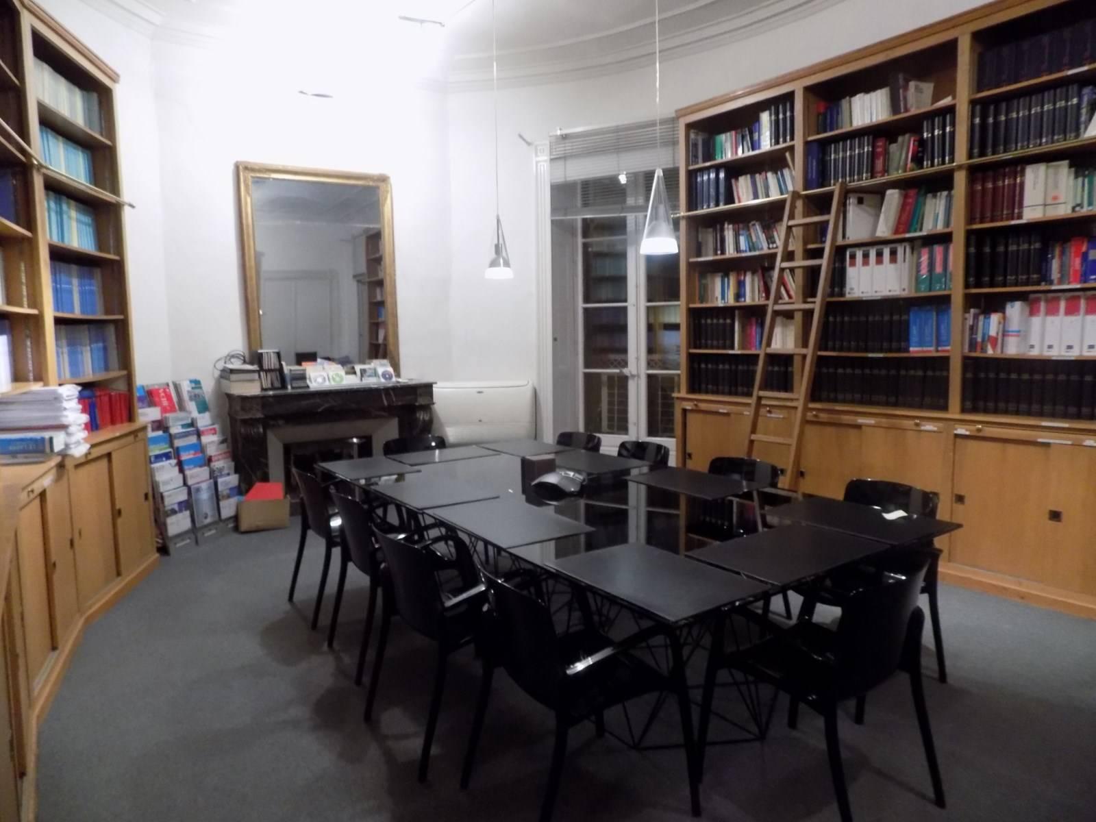 entretien et nettoyage de locaux sensibles avocats notaires experts comptables montpellier. Black Bedroom Furniture Sets. Home Design Ideas